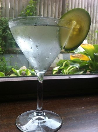 Jimmy's HideAway : Cucumber Martini