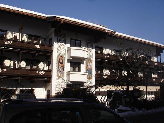 AktivHotel Hochfilzer :                   hotel Hochfilzer