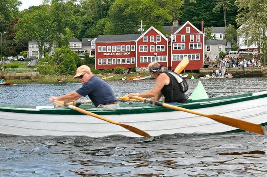 Lowell's Boat Shop: Mighty Merrimack Rowing Race