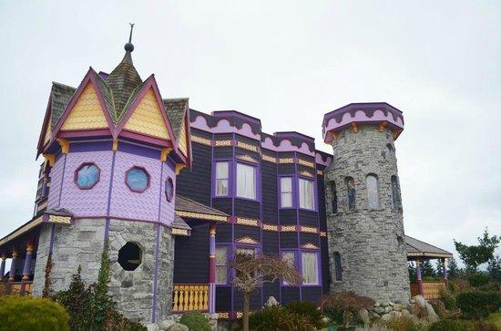 The Gate Keeper's Castle: Gate Keeper's Castle Sequim