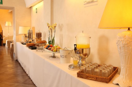 Hotel Adriano: Coffee Break for Meeting Room