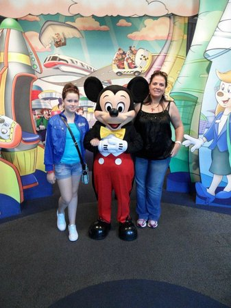 Rosen Inn at Pointe Orlando:                   We had a great day meeting Mickey