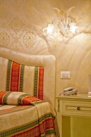 Residenza La Campana: dettaglio camera