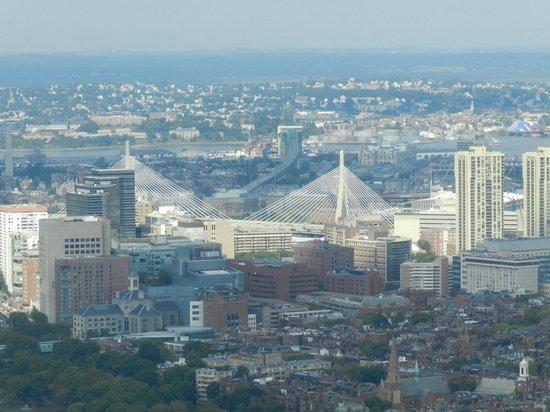 Prudential Center: El puente colgante más ancho del mundo: Leonard P. Zakim