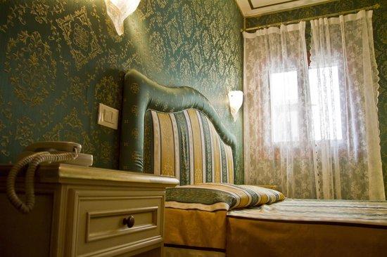 Residenza La Campana: dettaglio Junior suite