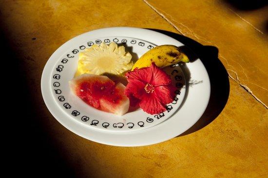 The Spice House, Mirissa:                   Breakfast fruit plate