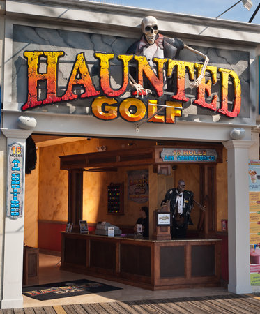 ‪Haunted Golf‬