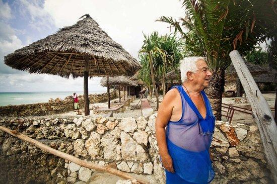 Samaki Lodge & Spa:                   Il Presidente vicino la spiaggia                 