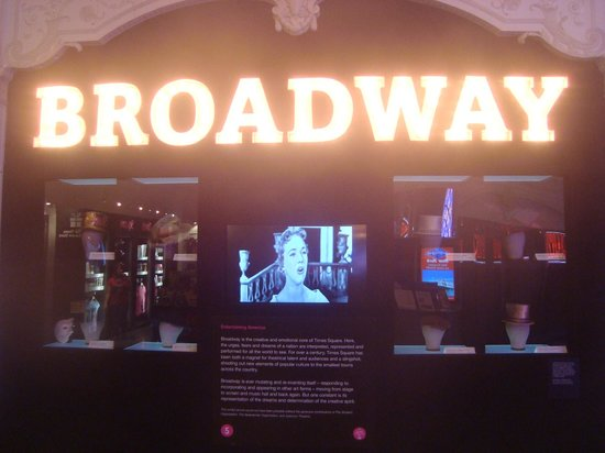 Times Square Museum and Visitor Center: Broadwag