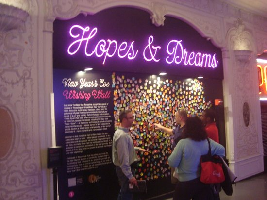 Times Square Museum and Visitor Center: Hopes & Dreams