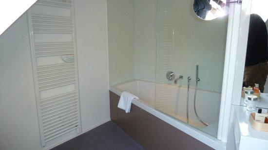 Hotel Via Mokis : SDB