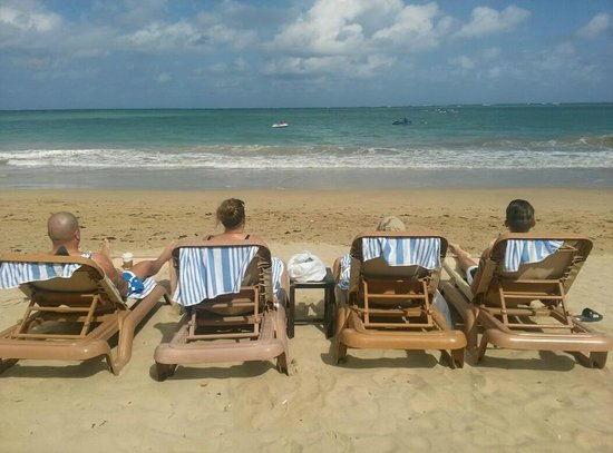 El San Juan Hotel, Curio Collection by Hilton:                   Enjoying a day of rest on the beach with friends!