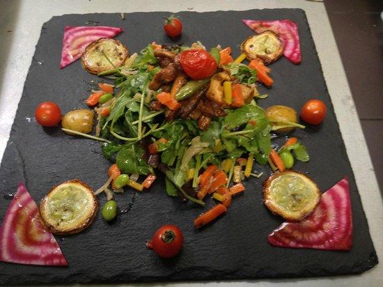 Hotel Le Pain de Sucre : assiette vegetarien