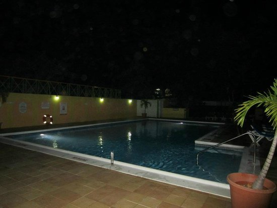 Grand Pineapple Beach Negril:                   Pool at night