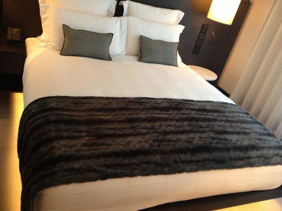 South Place Hotel: Le bed
