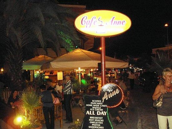 Cafe Annes