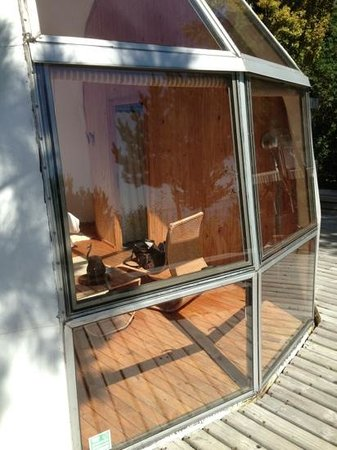 Magma Lodge:                                     ventanal del domo