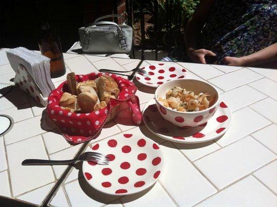 La Pena Andaluza:                   Mmmmmm! Garlic Shrimp at La Peña Andaluza