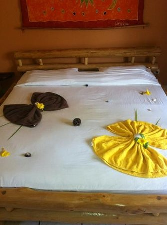Samara Palm Lodge: honeymoon decorations!