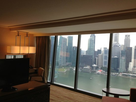 Marina Bay Sands: view from the bed room
