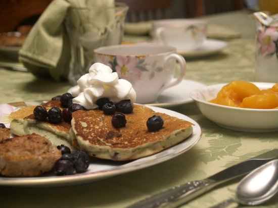 Carousel Bed and Breakfast at Ruff Acres: Delicious Homemade Breakfast Served on Antique China