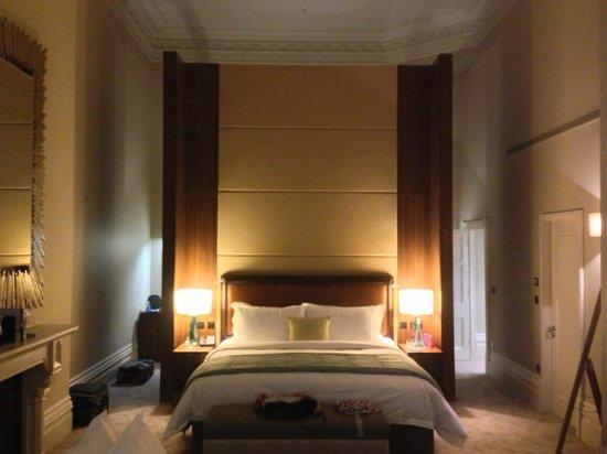 St. Pancras Renaissance London Hotel:                   Grand Junior Suite showing double height Victorian ceilings