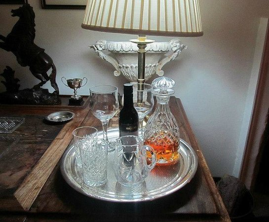 14 Hart Street: Fabulous hospitality tray in our room
