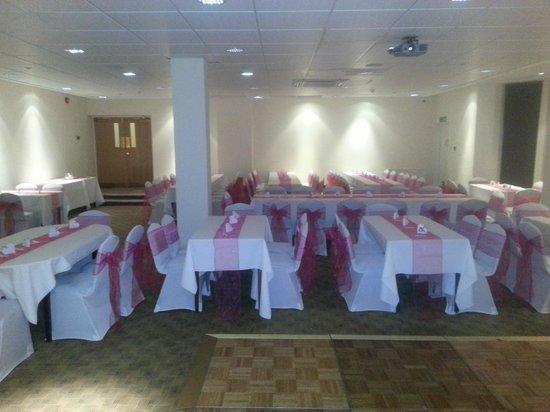 Windsor Hotel - Whitley Bay: gARDEN ROOM WEDDING