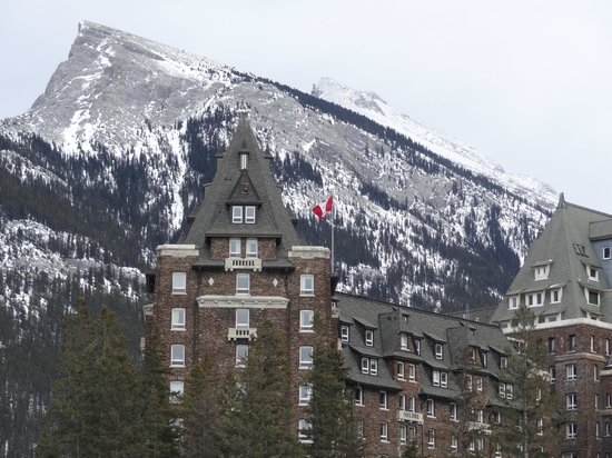 Fairmont Banff Springs:                   Vista dell'hotel