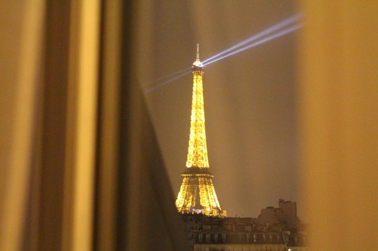 La Comtesse Paris Tour Eiffel:                   through window