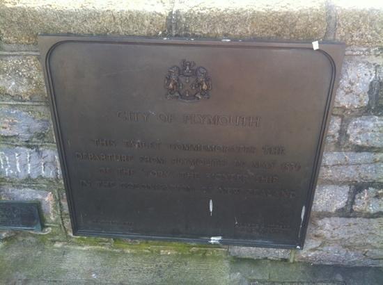 Mayflower Steps : inscriptions