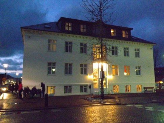 Hotel Leifur Eiriksson:                   Main Hotel Building