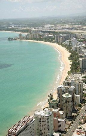 Coral by the Sea Hotel: Isla Verde Beach Walking distance