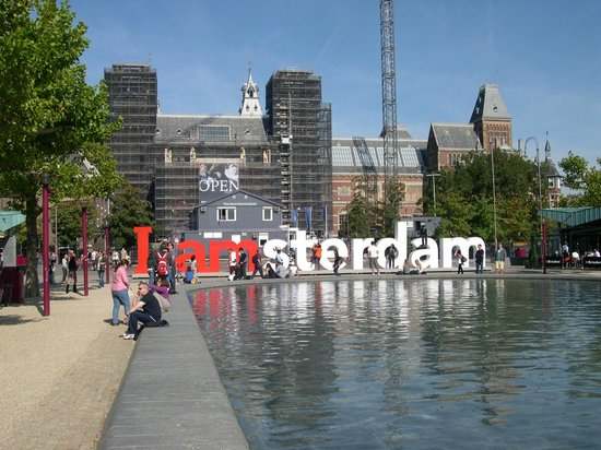 Movenpick Hotel Amsterdam City Center: AMSTERDAM is a wonderful place to visit