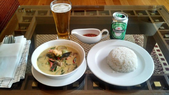 Mayfair, Bangkok - Marriott Executive Apartments : Green Curry
