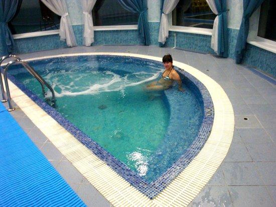 Volgskaya Riviera:                   Гидромассажный бассейн