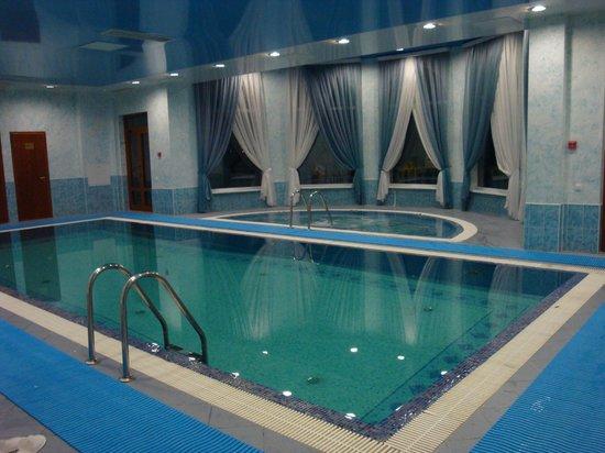 Volgskaya Riviera:                   Отличный бассейн