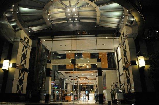 Majestic Grande Hotel:                   Front Entrance