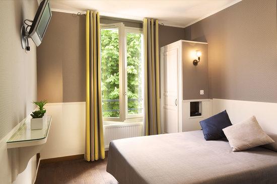 Hotel de la Tour Eiffel : Chambre double