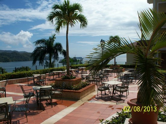 Grand Bahia Principe Cayacoa:                   Courtyard/main bar view of island and cruiseship