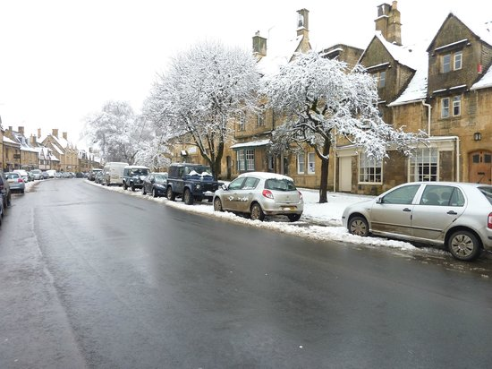 Cotswold House Hotel & Spa:                   The High Street - beeootiful!