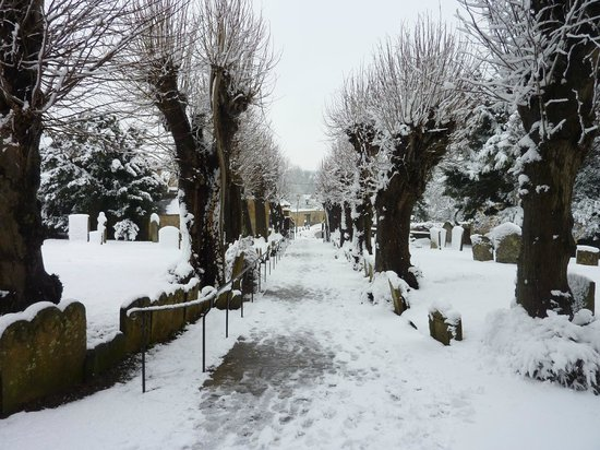 Cotswold House Hotel & Spa:                   The Churchyard