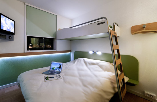 Ibis Budget Nice Aeroport : chambre standard 1,2 ou 3 personnes