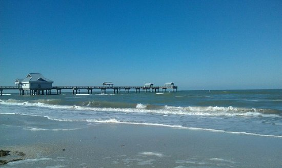 Clearwater Beach:                   The Pier