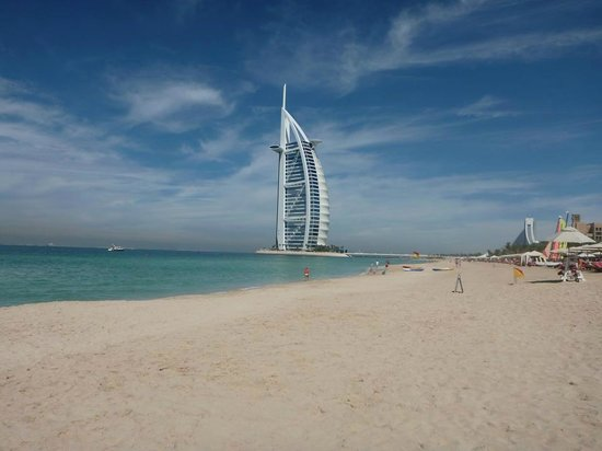 Jumeirah Al Qasr at Madinat Jumeirah: Another lovely beach shot