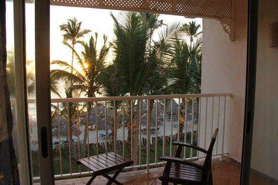 VIK Hotel Arena Blanca:                   Blick vom Zimmer zum Strand