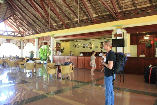 VIK Hotel Arena Blanca:                   Lobby