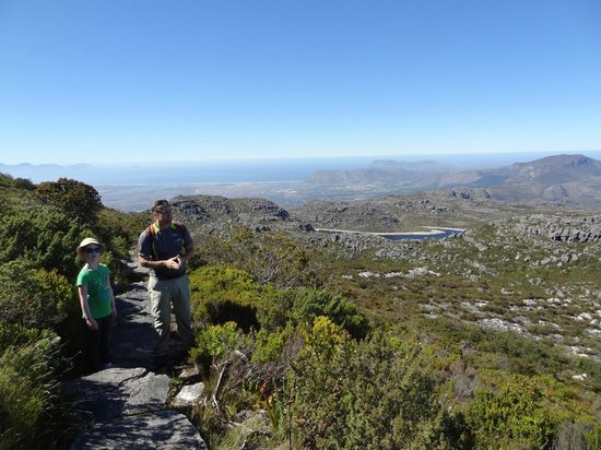 Cape Town Hiking with Tim Lundy -  Tours:                   beautiful vista #322!  ;)