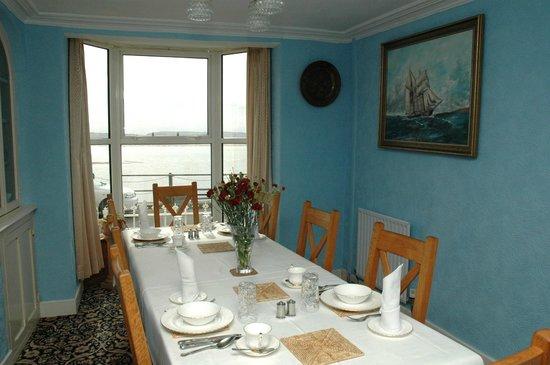 The Vanner: Our breakfast room overlooks the estuary
