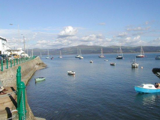 The Vanner: Sea View Terrace